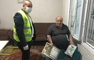 Viranşehir'de maske, dağıtımı sürüyor