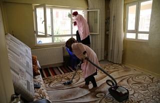 Haliliye'de evde bakım hizmetleri sürüyor