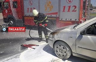 Urfa'da otomobil alev aldı