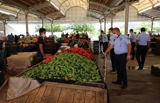 Haliliye'de pazarlar denetlendi