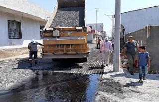 Viranşehir'de yol çalışması sürüyor