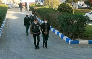 Hilvan'da 2 kişi tutuklandı