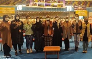 AK Kadınlar kongreye hazır...