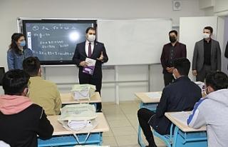 Haliliye'de 600 öğrenciye destek verildi