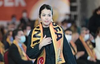 Kübra Dörtkardeş'in AK Parti'de ki başarısı...