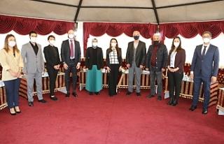 UNICEF Temsilcisi Urfa Büyükşehir'i ziyaret...