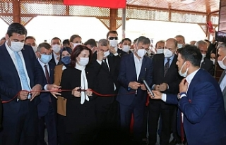 AK Parti'nin yenin binasının açılışı yapıldı