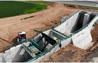Cazibe merkezi sulama kanalında çalışmalar sürüyor