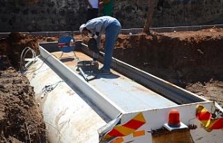 Siverek Belediyesi damlama sistemini sürdürüyor