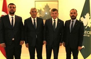 Davutoğlu Urfa heyeti ile görüştü