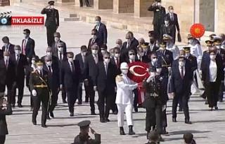 Ankara'da Ata'nın huzuruna çıkıldı