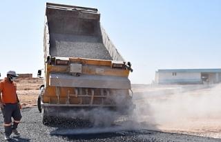 Asfalt çalışmaları Viranşehir'de de sürüyor