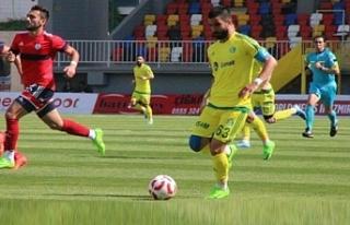 Yıllarca Urfaspor'da oynayan Fevzi'nin yeni...