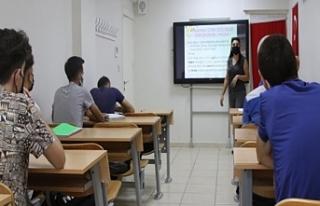 Haliliye Belediyesi'nden öğrenciler için kurs...