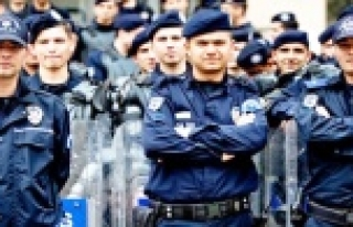 2 bin 500 üniversiteli polis oluyor!