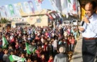 Baydemir, AKP'yi topa tuttu