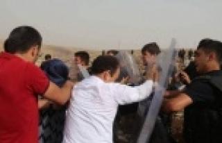 Baydemir'e polis müdahalesi...