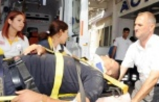 Çevik kuvvet polisleri kaza yaptı