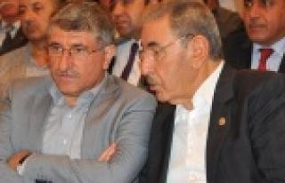 Eyyüpoğlu ve Akman bayramı kutladı