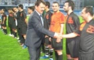 Geleneksel İhsan Eroğul Futbol Turnuvası Başladı