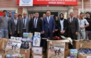 Gençlik Merkezinden Kobani'ye destek