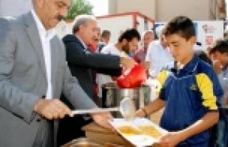 Hilvan Belediyesinden Kobani Halkına Yardım Eli