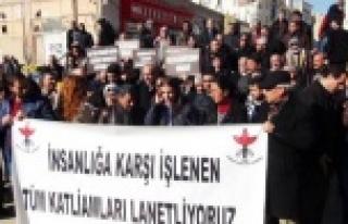 İHD üyelerinden Paris saldırısına kınama