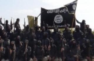 Irak ordusu IŞİD'e saldırıyor, Türkmenler hayatını...