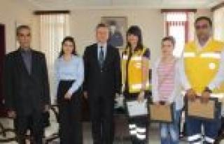 Kaymakam Şahin'den 112 Acil Servis Personeline Başarı...