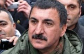 Kazandığı tazminatı Kobani'ye bağışlıyor...