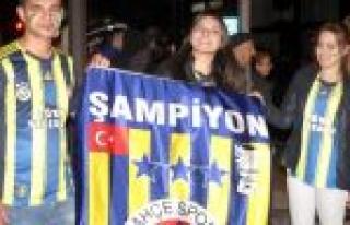 Konya'da Yarı Final Kutlamaları