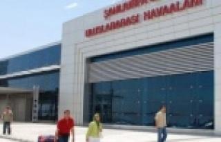 Maraş uçağı Urfa'ya acil iniş yaptı