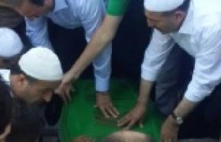 Özcan'ı binler uğurladı