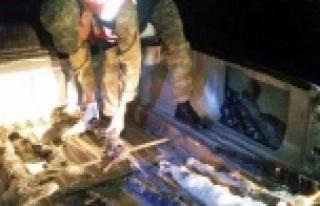 PKK'ya giden silahlar ele geçirildi