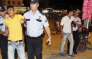Rabia Meydanı'nda ortalık karıştı
