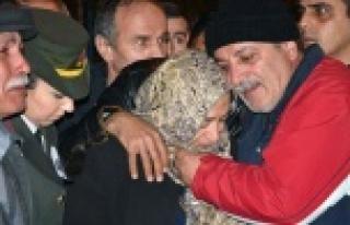 Şehit Subay gözyaşlarıyla karşılandı