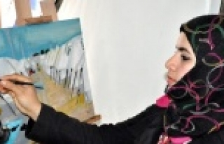 Suriyeliler resim atölyesinde Urfa'yı resmediyor...