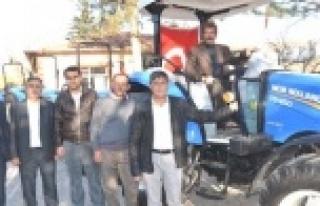 TKDK hibe traktör dağıttı