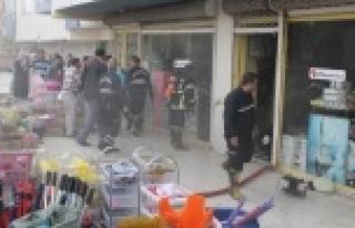 Zücaciye dükkanında korkutan yangın