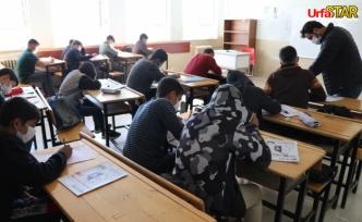Aksoy sınava girecek öğrencilere tam destek verdi