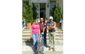 Ödemiş Emniyeti'nden Komşu İlçelere Tekerlekli Sandalye Desteği