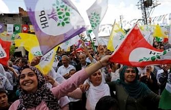 HDP EŞ BAŞKANLARI SERBEST