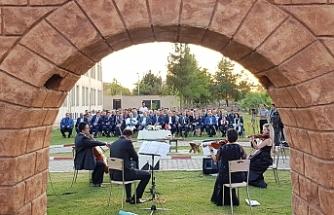 Üniversite Harran'da açıldı...
