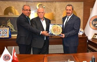 Başkan Kaya İstanbul heyetini ağırladı