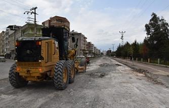 Viranşehir'de onarım devam ediyor