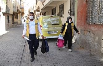 Haliliye Belediyesi kırtasiye yardımında bulunuyor