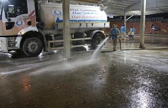 Haliliye'de ekipler gece gündüz çalışıyor