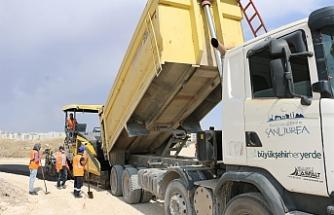 Urfa'da asfalt serimi devam ediyor