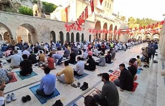 Urfa'da Bayram namazı coşkuyla kılındı