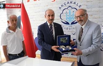 Eski Rektör Yalçınkaya'yı ziyaret etti